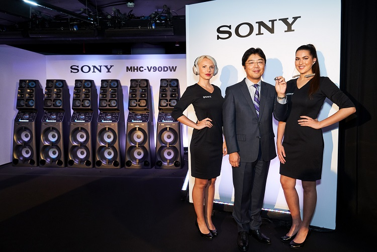 Taro Kimura, Managing Director of Sony Middle East and Africa at the press conference launch