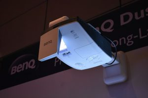 BenQ- Short throw projector for Education and offices