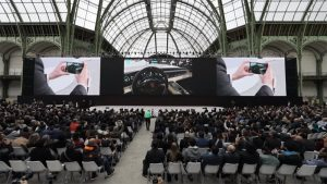 Huawei-P20-&-P20-Pro-Power-of-AR-shown-in-Paris-launch--1