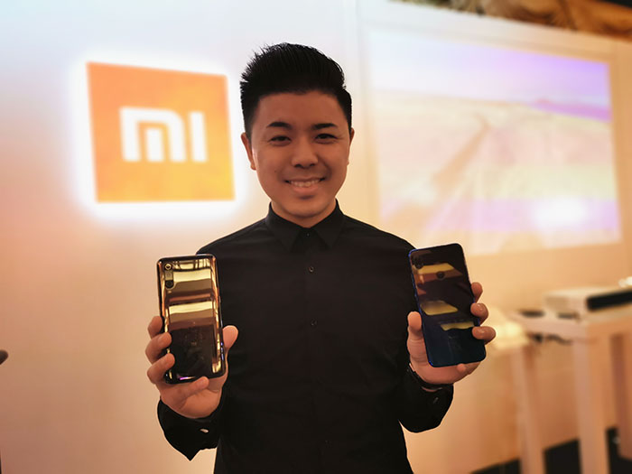 Donovan-Sung_with-Redmi-Note7-and-Mi-9-smartphones