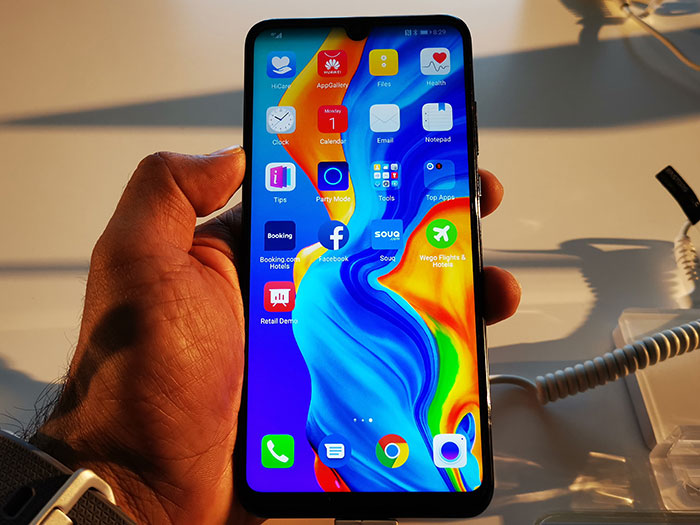 Huawei-P30-Lite-Front-Display