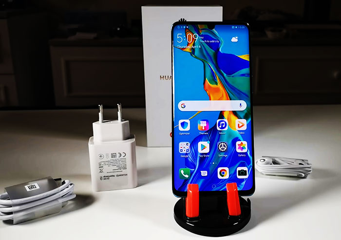 Review of Huawei P30 Pro Smartphone (Super Zoom Camera Phone)