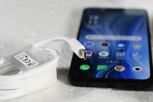 OPPO_Reno_USBType-C_VOOC-Flash-charging-cable