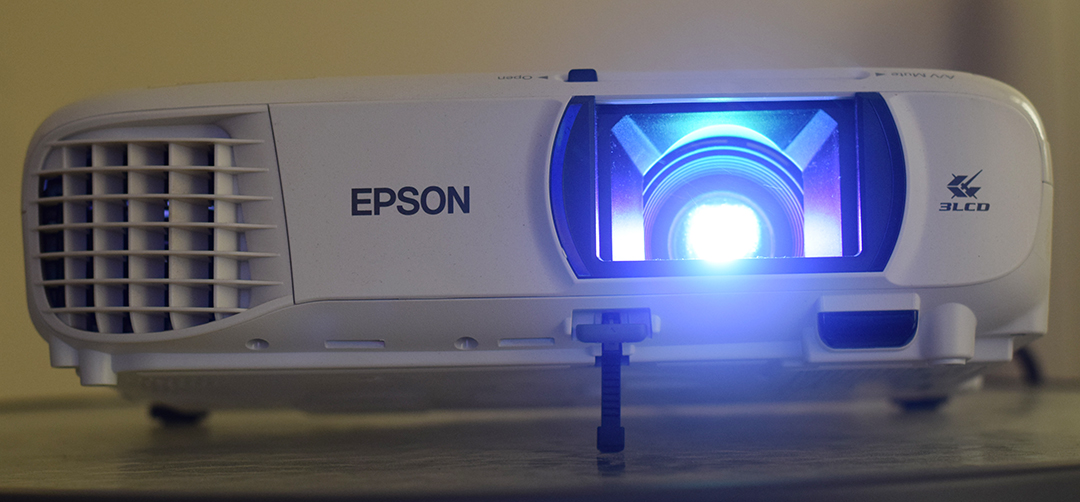 Review of Epson EH-TW610 (Full HD 1080p) Projector