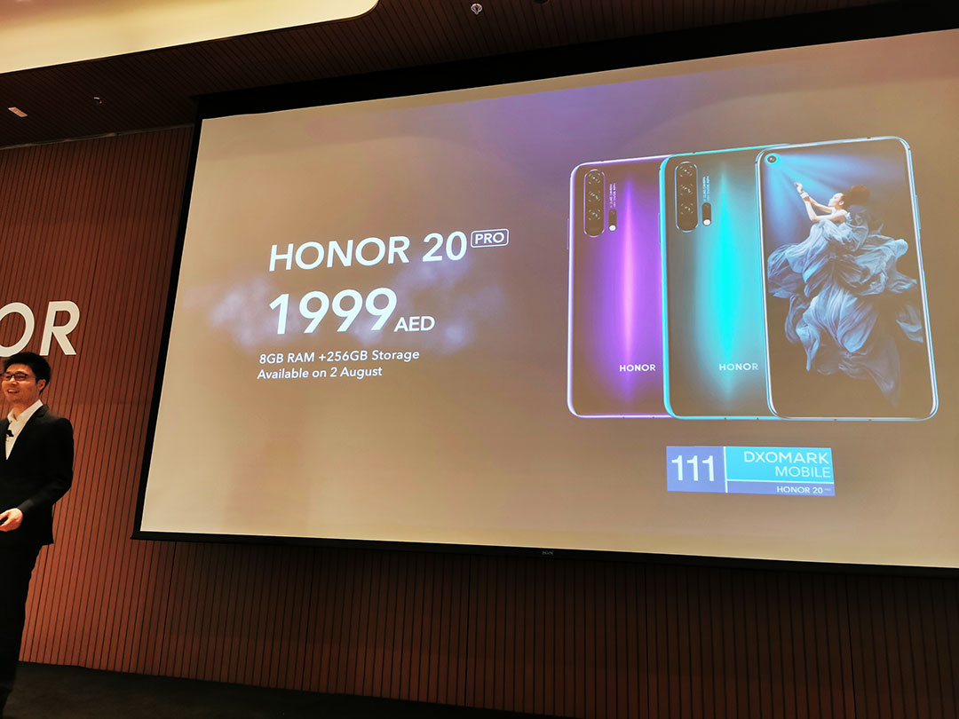 Hang-Chen-discloses-the-HONOR-20-PRO-smartphones.price