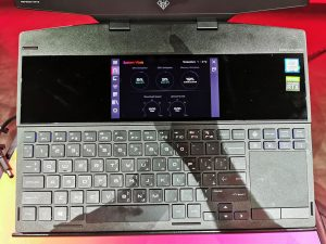 HP_OMEN-X-2S-with-additional-Screen-above-the-keyboard