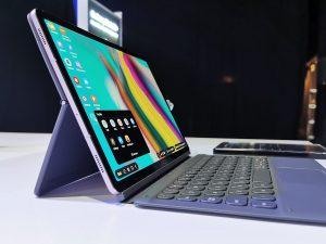 Samsung-Tab_S6_with_keyboard