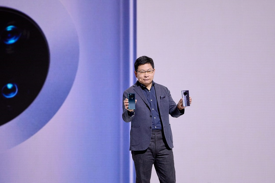 Huawei Mate 30 Series Launch -Richard Yu with the Smartphones