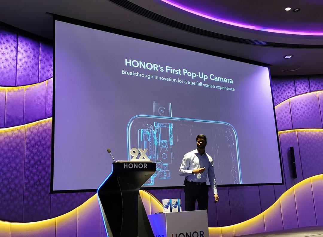 Honor9X-Pop_up_Selfie_camera