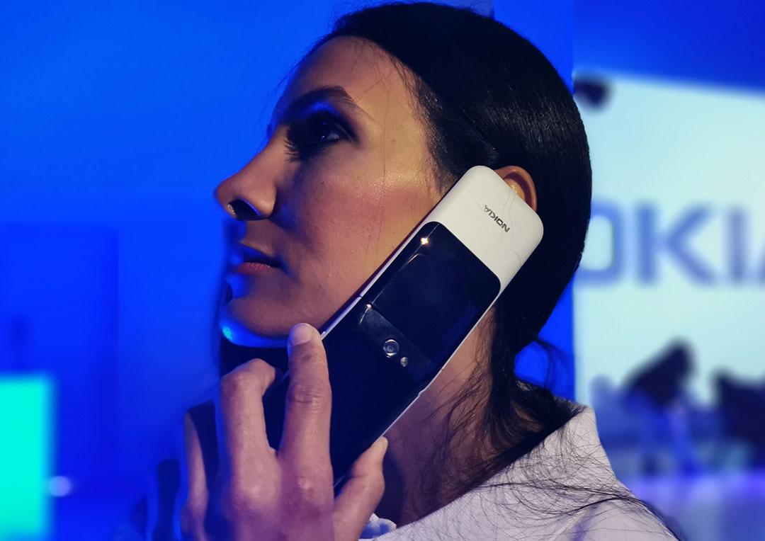 Nokia-2720-Flip-feature-phone1