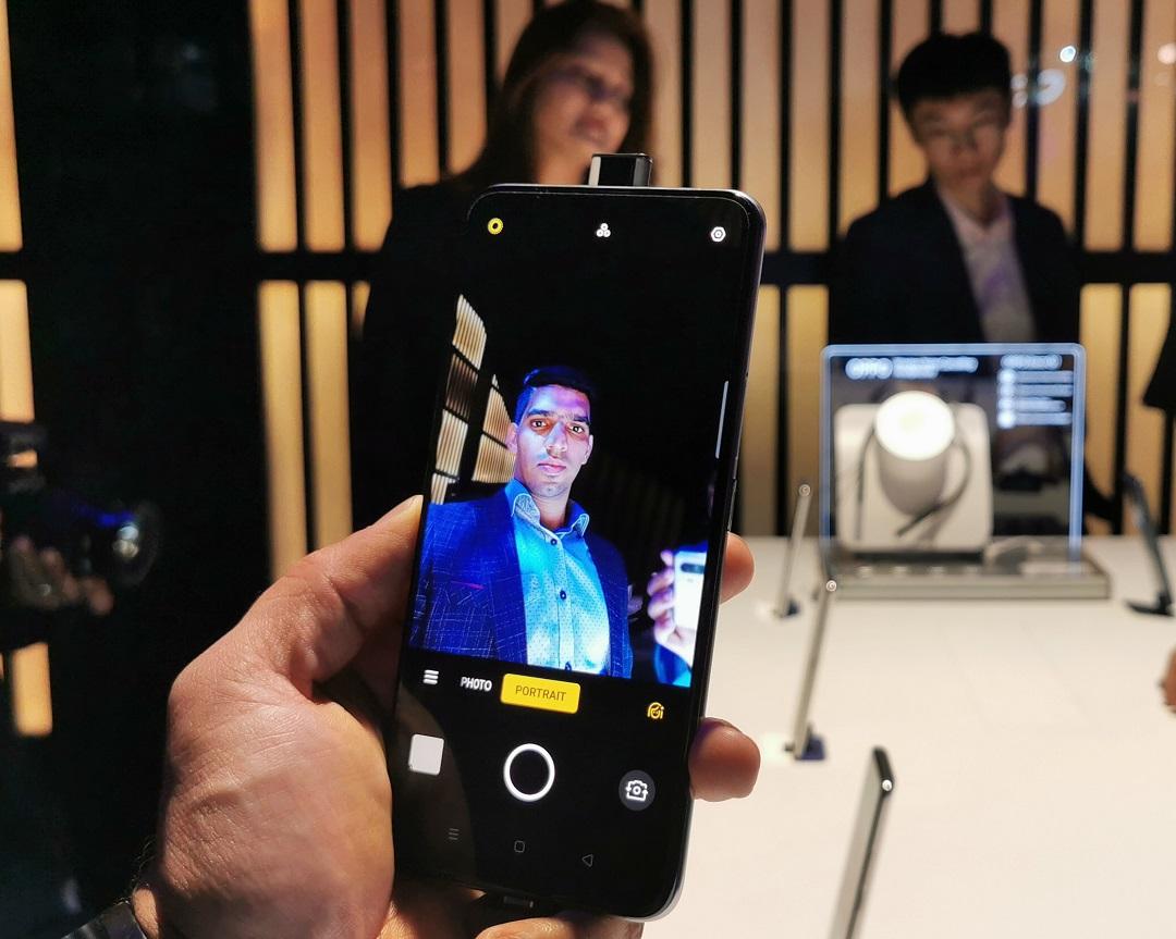 Oppo_Reno2_F Smartphone