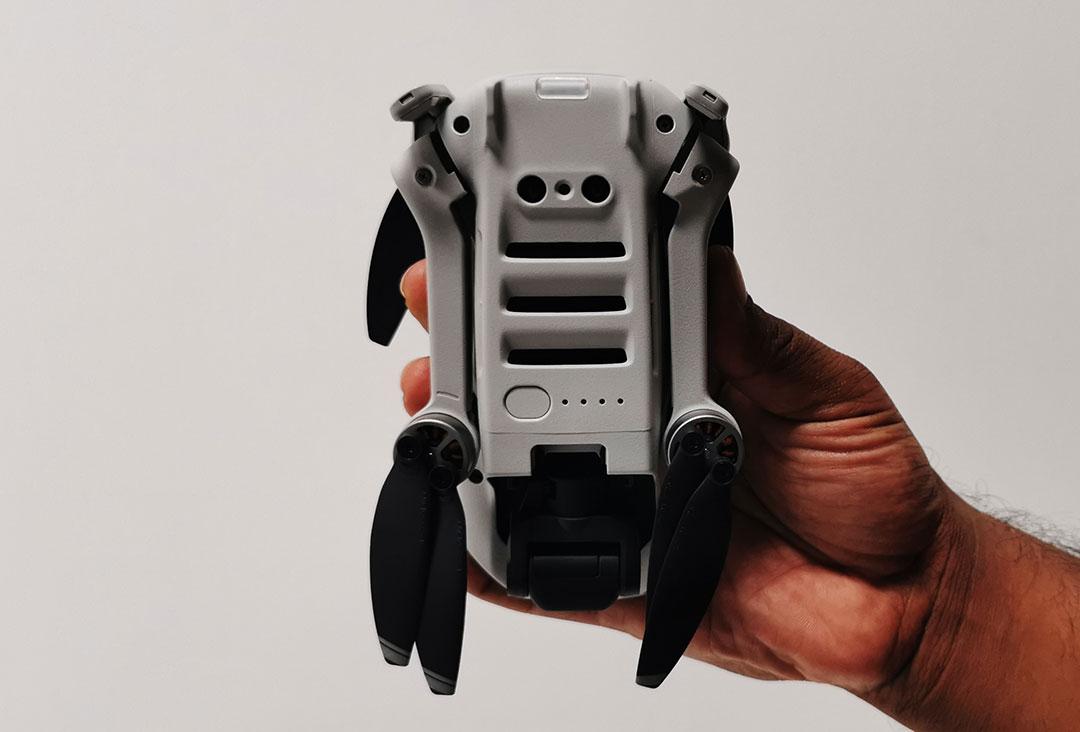 DJI-Mavic-Mini-comes-with-Vision-Sensor-+-GPS-Precise-Hover