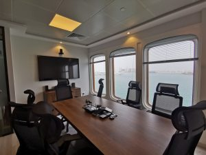 KIKLABB Workplace - Meeting Room with a view