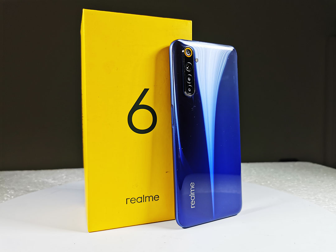 Realme_6-Comet_Blue_Back_Panel