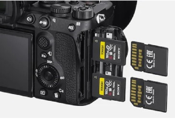 Sony Alpha 7S III - CFexpress Type A for High-speed Data Transfer