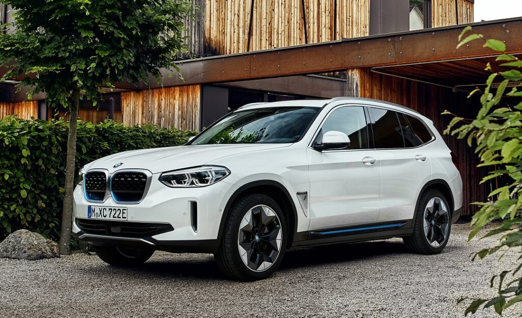 The-New-BMW-iX3