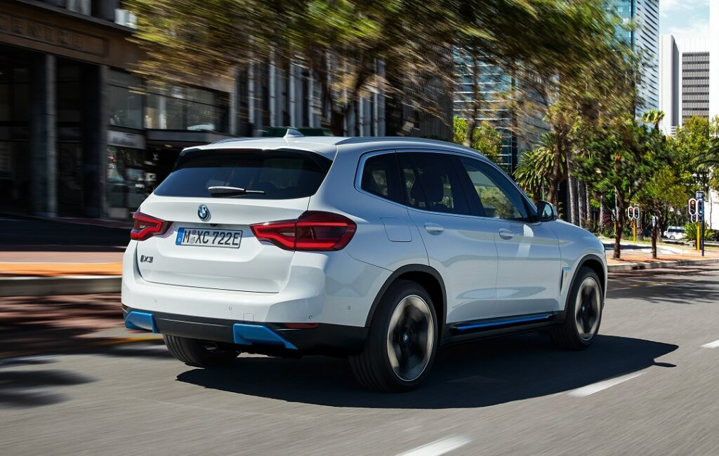 The-New-BMW-iX3-Electric