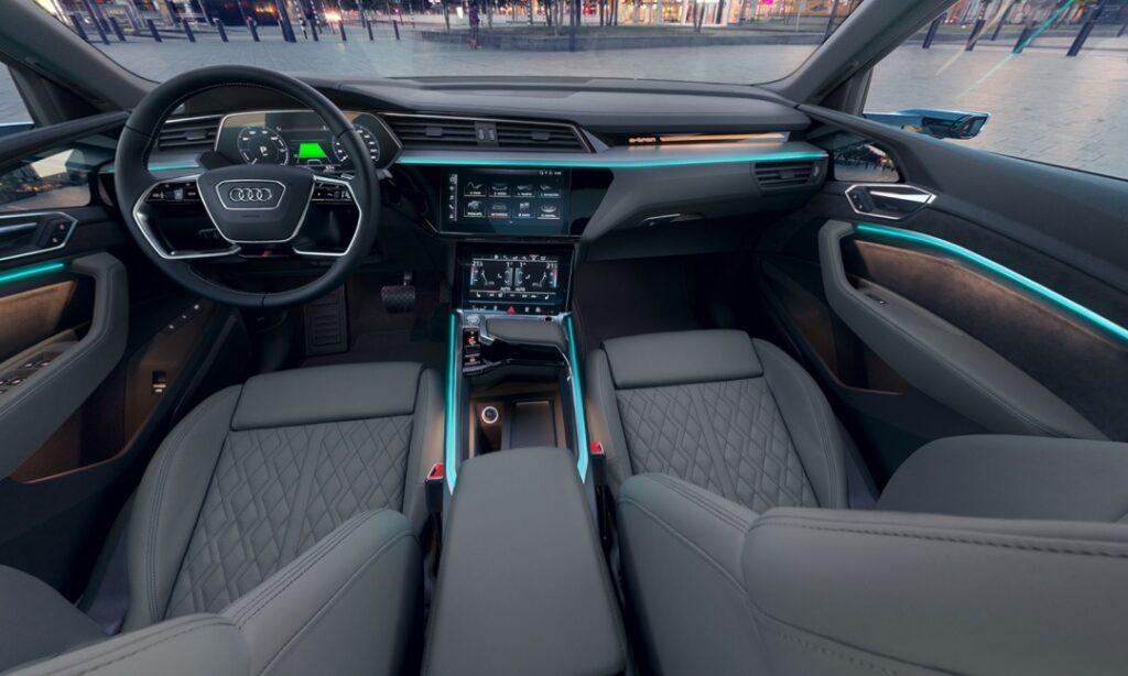 Audi e-tron Sportback Interior front dashboard