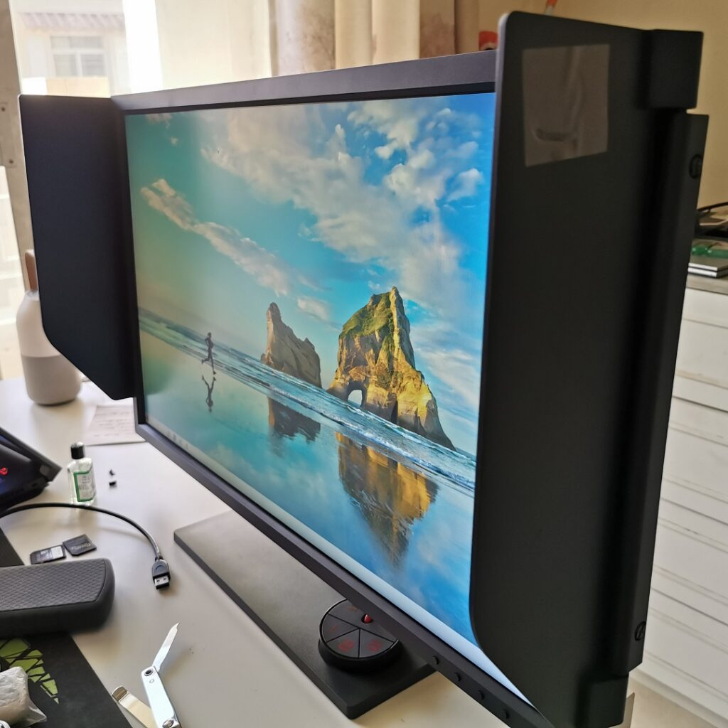 BenQ Zowie XL2746S -With Shields attached