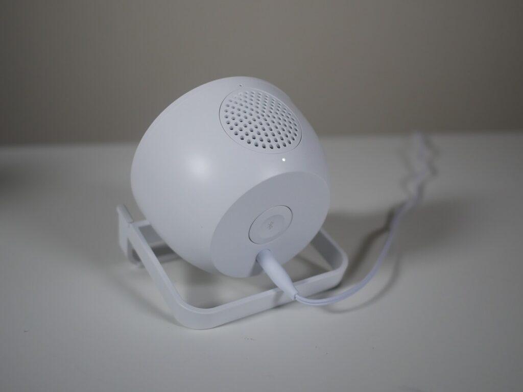 Belkin Wireless Charging Stand 10W & Speaker- Back panel view