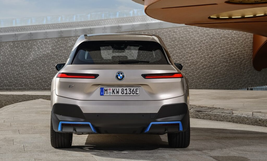 The-first-ever-BMW iX- BACK VIEW
