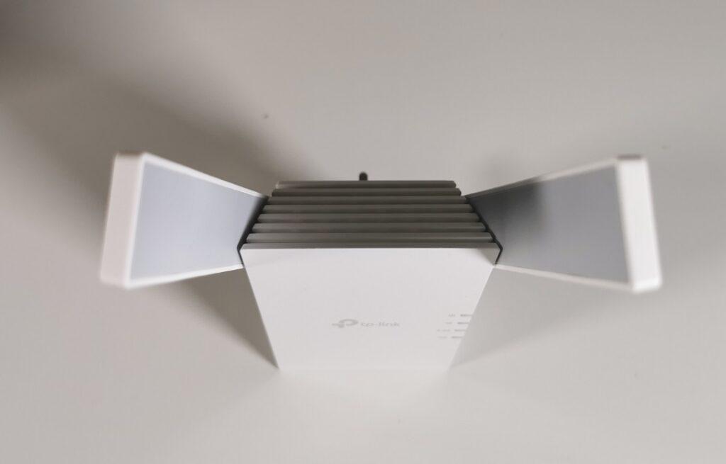 Tp-link AX1800 -Model_RE605X -2 External Antennas