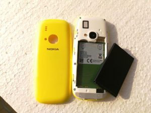 Nokia 3310 with dual MicroSIM card slot