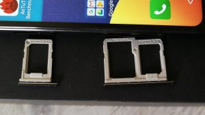 LGQ6-Two-trays for Dual SIM card and mircoSD card