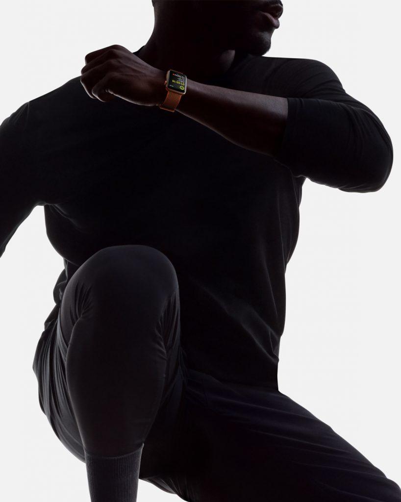 watch-series-3-jump-wrist