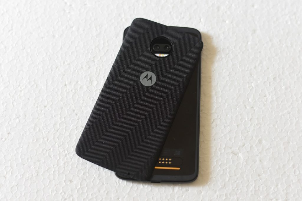 Moto Z2 force with backpanel