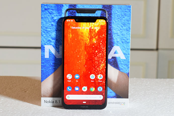 Nokia 8.1-with-box