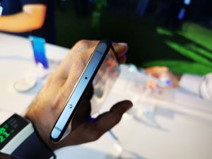 Huawei-P30Pro-&-P30-has-the-IR-Blaster-on-the-Top