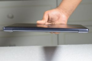 Huawei_MateBook_13-BackView