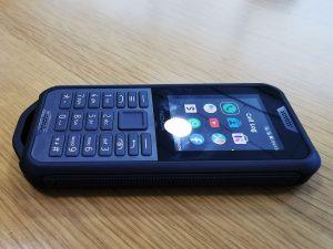 Nokia_800_Tough-Right-View