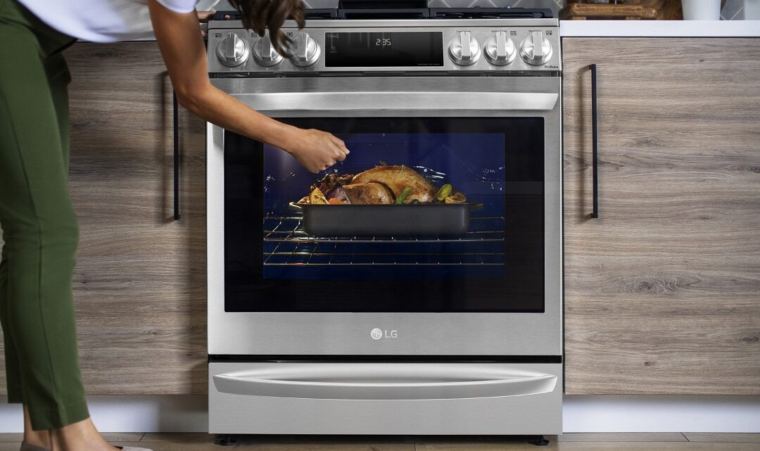 LG to showcase the new InstaView Range with Air Sous Vide in the CES 2021